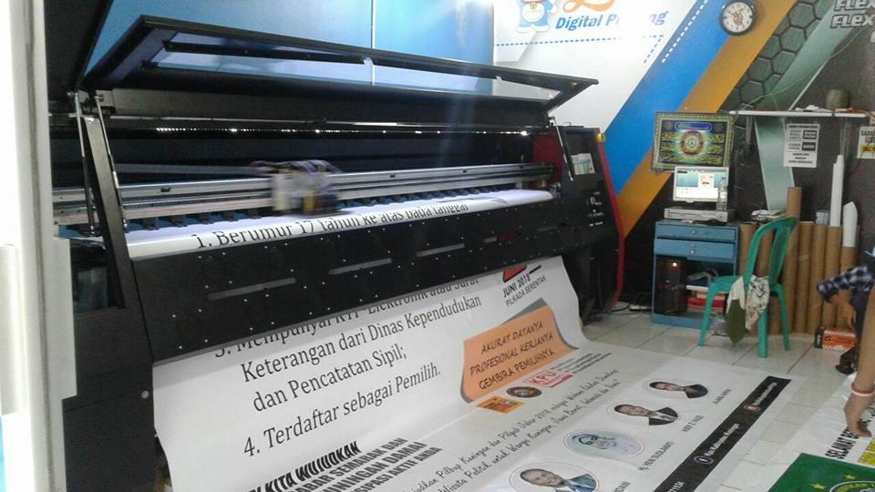 cetak spanduk online 089637680399